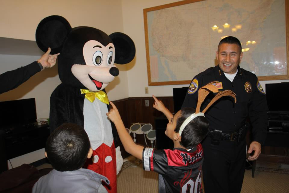 Mickey Mouse visits PAL